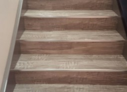 stairs-lvt