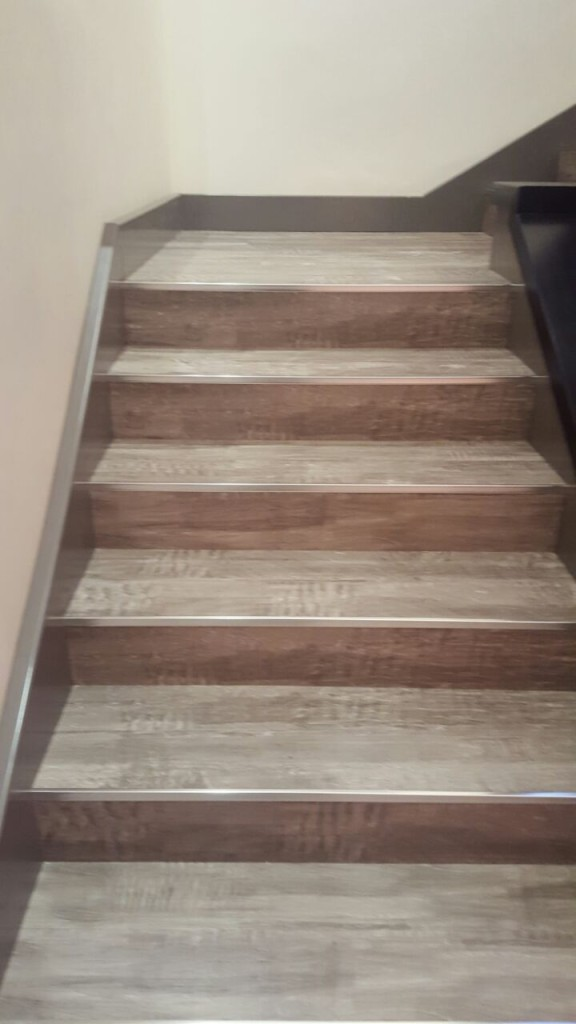 Famous Lvt On Stairs Ht12 Roccommunity